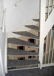 teppich treppe beispiele renovierter treppen