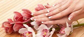 nail salon fresno nail salon 93720 queen bee nails u0026 spa