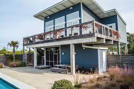 bow wow bungalow gulf view w fenced yard