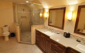 Decorating Ideas For Master Bathrooms Exellent Traditional Master Bathrooms Bathroom With Verticyl In