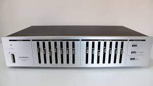 home theater equalizer pioneer sg 540 equalizer acoustat spectre11 playing pink floyd