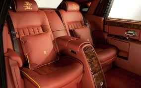 rolls royce price inside dragon tale 1 2 million rolls royce phantom dragon edition sold