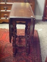 antique drop leaf gate leg table antique small size drop leaf gate leg table turned legs end table