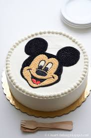 heart baking mickey mouse face birthday cake