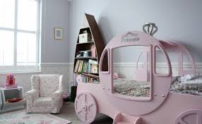 decoration chambre princesse idées déco chambre fille pour les petites princesses