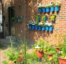 Garden Wall Paint Ideas How To Make A Garden Wall Hydraz Club