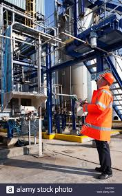 Refinery Operator Trainee Chemical Process Stock Photos U0026 Chemical Process Stock Images Alamy