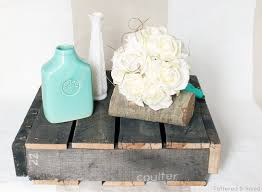 tattered and inked diy wedding tips mini pallet cake stand