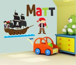 piratenzimmer wandgestaltung 25 einzigartige wandtattoo pirat ideen auf
