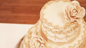 how much is a wedding cake contemporary wedding cake with classic piping cakemade
