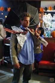 funniest costumes bobby como el hombre viento en town