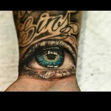 Tattoos Of - not a fan of eyeball tattoos but this is amazing work