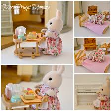 Calico Critters Play Table by Encouraging Imaginative Play With The Calico Critters Cloverleaf