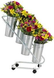 Display Vase Bouquet Display W Galvanized Vases And Vase Liners