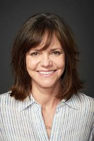 sally field hairstyles over 60 sxsw sally field on going raunchy for hello my name is doris