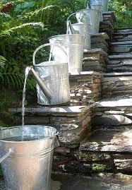 fontane per giardini 10 fontane da giardino fai da te a costo zero dai rifiuti greenme