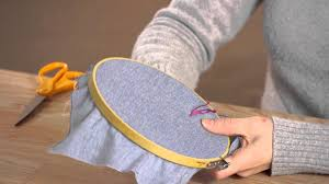 how to needlepoint with floss yarn craft time