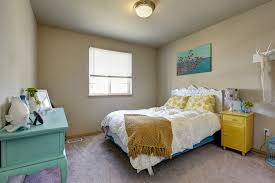 How To Layout Bedroom Furniture How To Arrange Furniture In Your Bedroom Apartmentguide