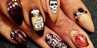 halloween claw nail art non naff halloween nail art ideas