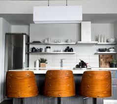 table de cuisine en bois massif table de cuisine en bois massif finest table manger en bois with