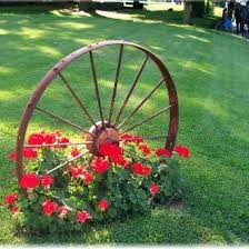 Wagon Wheel Home Decor Top 25 Best Wagon Wheel Decor Ideas On Pinterest Wagon Wheel