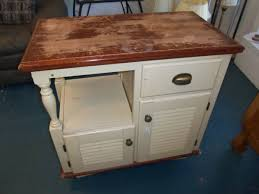 used kitchen island betty crocker kitchen island the jackpot used furniture