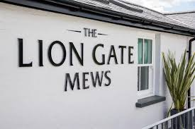 hotel the lion gate mews kingston upon thames uk booking com