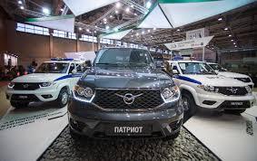 uaz hunter interior este no es un jeep soviético de abuelo el nuevo uaz patriot