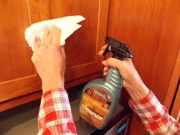 how to clean grease off kitchen cabinets what cleans grease off kitchen cabinets bestreddingchiropractor