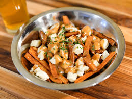 poutine cuisine and easy poutine recipe serious eats