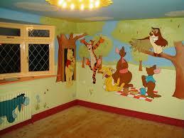 deco winnie l ourson pour chambre stickers winnie l ourson cool chambre bebe winnie the pooh winnie