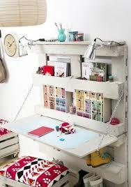 fabriquer un bureau avec des palettes diy bureau en palette se fabriquer un bureau original et déco