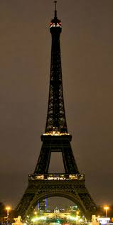 paris attacks lead to world u0027s iconic buildings lit up in the
