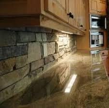 veneer kitchen backsplash veneerstone used on a kitchen back splash nh stoneworks
