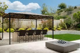 Kris Jenner Backyard Kylie Jenner U0027s Calabasas House Sells For 3 15 Million