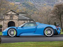 porsche spyder 2018 world u0027s only arrow blue porsche 918 spyder heads to auction gtspirit