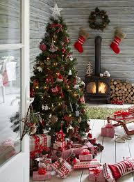 Brown Christmas Tree Decorations Uk by How To Decorate Your Christmas Tree Christmas Interiors