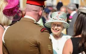Summer Garden Party Dress Code - the queen u0027s buckingham palace garden parties the royal family