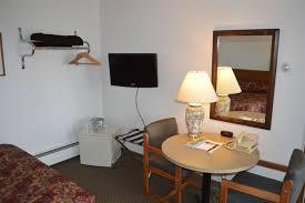 amenities pet friendly free breakfast medford wi motel