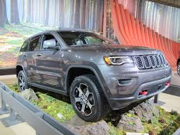 jeep grand cherokee 2017 2017 jeep grand cherokee trailhawk ready to go off road live photos