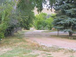 sheridan wyoming water front home with acreage