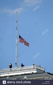 Federal Flag Half Mast White House Flag Half Mast Flag Stock Photos U0026 White House Flag