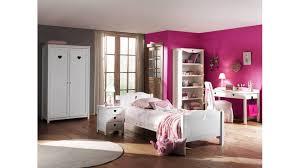 chambre blanc laqué chambre enfant blanc laqué abby très complete avec un design unique