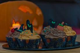 Halloween Cake Decorations Edible by Halloween U2013 Olison U0027s Cupcakes