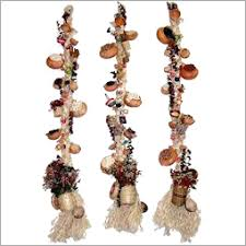 Jute Wall Hangings From India These Handcrafted Jute Wall - Indian wall hanging designs