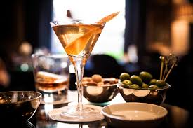 vesper martini racing the dukes hotel london martini masterclass billionaire