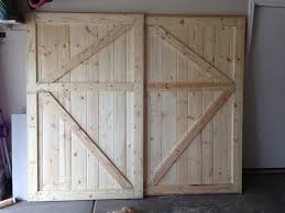 Closet Doors Barn Style White Barn Door Closet Doors Diy Projects