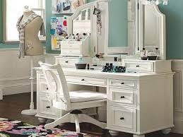 how to make vanity desk make up vanity table brickyardcy com