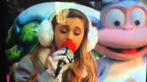 grande preforms at macy s thanksgiving day parade 2013