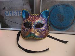 new orleans mardi gras mask new orleans in green lundi mardi mercredi confessions of a